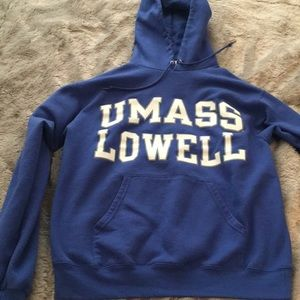 UMASS LOWELL sweatshirt